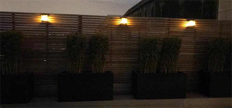 Lampe solaire de jardin pour éclairage extérieur