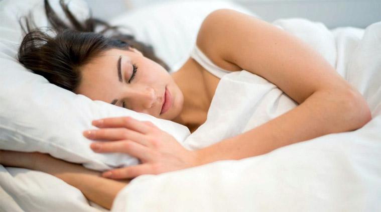 Changez vos habitudes de sommeil si vous êtes constamment fatiguée, et cela se verra sur votre visage!